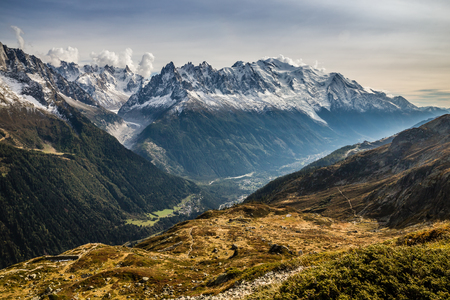 View Of Mountain Range With Mont Blanc-Mont Blanc Area, France 版權商用圖片