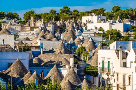 Trulli 주택 - Alberobello, Apulia 지역, 이탈리아, 유럽의 지붕 스톡 콘텐츠