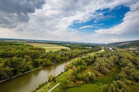 Rzeka Morawa z zamku Devin - Bratysława, Słowacja, Europa