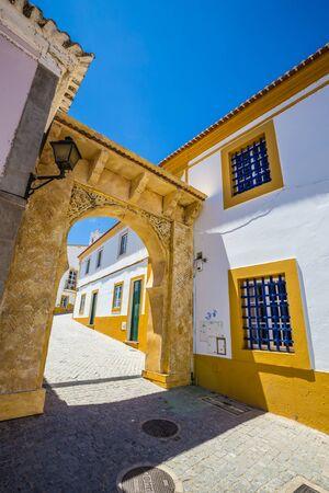 Arabic Entrance Into The Islamic Street - Mertola, Alentejo, Portugal, Europe 版權商用圖片