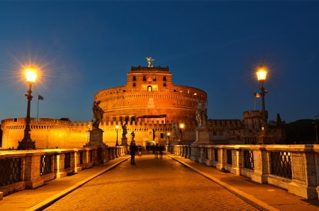 sant: Castle of Sant Angelo at night, Rome, Italy