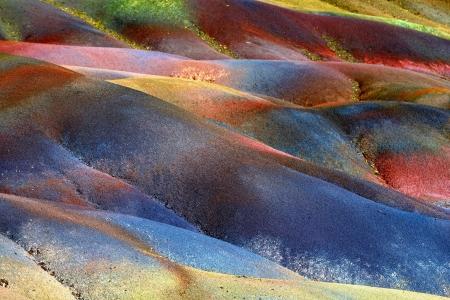 mauritius: Belangrijkste bezienswaardigheid van het eiland van Mauritius Ongebruikelijke vulkanische formatie zeven gekleurde aarde in Chamarel Stockfoto
