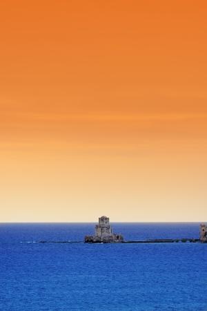 bourtzi: The Bourtzi tower in Methoni Venetian Fortress in the Peloponnese, Messenia,  Greece  Stock Photo