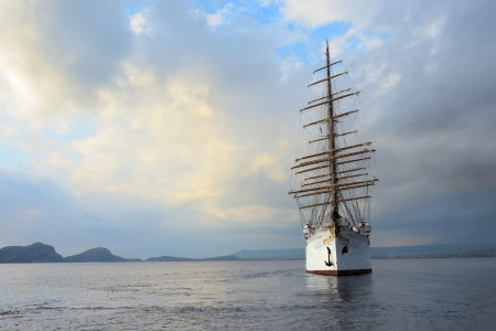 barque: GREECE, PYLOS – 5 OCT  Sailfish Sea Cloud in the Navarino bay on october 5, 2013  Built as a private yacht in 1931 in Kiel, today the four-masted barque is at home on the world's oceans as a cruise ship extraordinaire