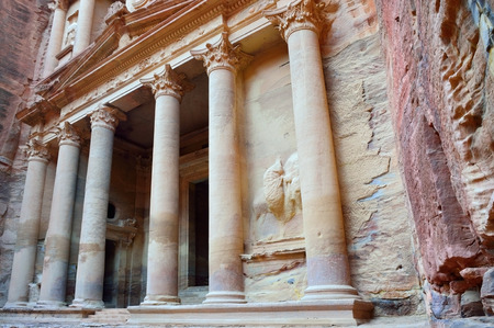 miles: THE TREASURY El Khasneh. Petra39s temples tombs theaters and other buildings are scattered over 400 square miles.