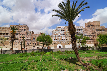 mideast: Yemen. The old city of Sanaa. Inhabited for more than 2.500 years at an altitude of 2.200 m, the Old City of Sanaa is a UNESCO World Heritage City now destroyed by the civil war Stock Photo