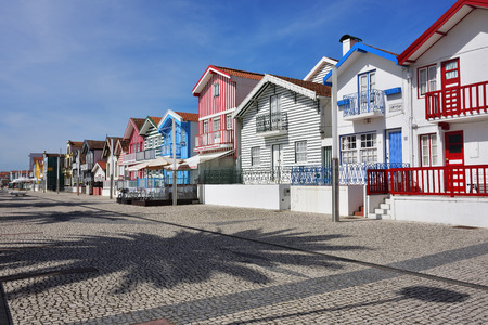 Costa Nova. Famous resort on the Atlantic coast in Beira Litoral, Portugal. Popular tourist destination to spend vacation time Imagens - 80740892