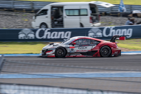 buriram: BURIRUM, THAILAND - JUNE 21 : Oliver Turvey of Drago Modulo Honda Racing in Super GT Final Race 66 Laps at 2015 AUTOBACS SUPER GT Round 3 BURIRAM SUPER GT RACE on June 21, 2015 in Burirum, Thailand.
