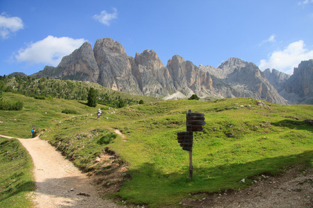odle: excursion to the Odle  Alpe di Cisles  Val Gardena
