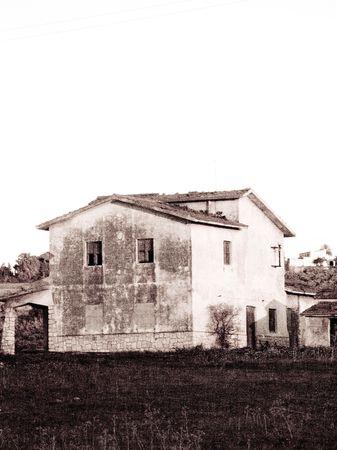 bw house photo