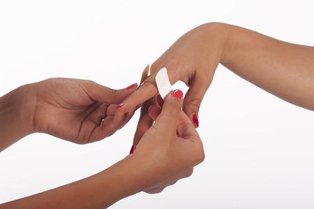 scarring: la mano della donna s con intonaco