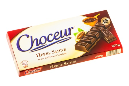 herbe: Arad, Romania - May 17, 2012: Choceur Herbe Sahne Chocolate. Studio shot, isolated on white background.