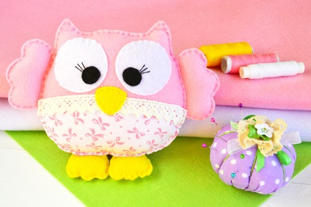 needle laces: Felt owl - how to make an owl handmade toy