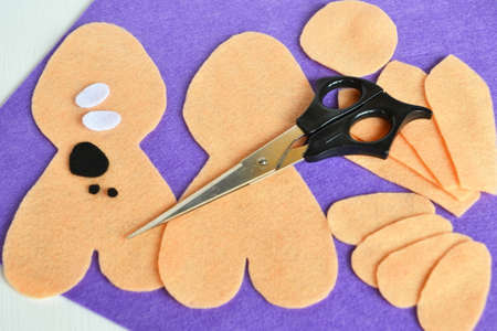 Sewing set for felt rabbit. How to make handmade toy. Step by step. Sewing crafts for kids felt Easter bunny. Stuffed bunny diy sewing pattern tutorials 版權商用圖片