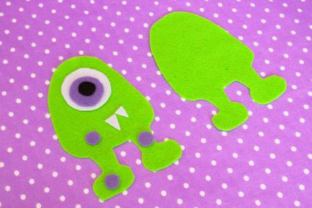 Naaien set voor viltmonster - hoe maak je een monster handgemaakt speelgoed