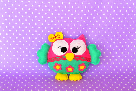Colorful felt owl toy. Handmade crafts, children art. Simple sewing projects for beginners. Simple hand sewing projects for beginners. Sewing project. Hand sewing project 写真素材