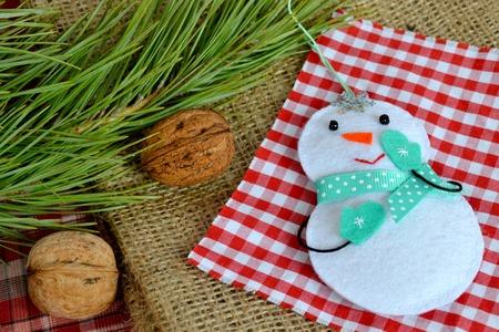 Handmade felt Christmas snowman toy. Felt crafts. Christmas crafts. Funny Christmas ornaments