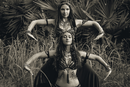 two beautiful tribal fusion belly dancers outdoors Reklamní fotografie