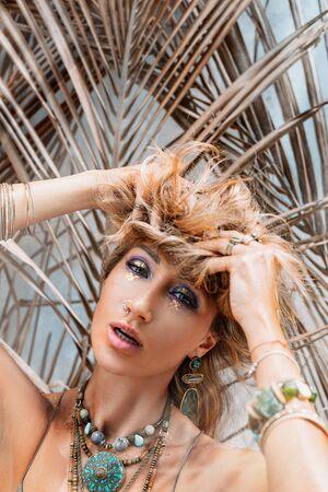 beautiful young stylish woman outdoors portrait Standard-Bild