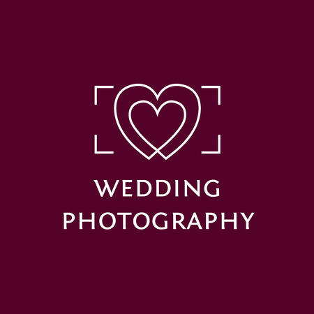 Vector icon with the image of the viewfinder and hearts. Wedding Photography. Vettoriali