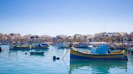 Traditional fishing boats at Marsaxlokk market, Malta 版權商用圖片