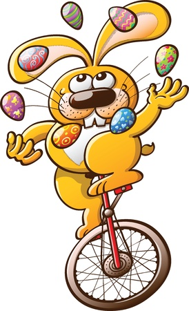 Malabarismo conejo amarillo agradable y sonriente adorna los huevos de Pascua y mantener el equilibrio mientras se conduce un monociclo