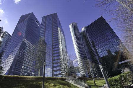 Gratte-ciel de La Défense Banque d'images - 41676796
