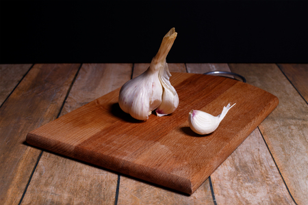Garlic segment this whole and part