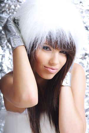 fille hiver: Winter Girl with beautiful maquillage, des gants d'argent