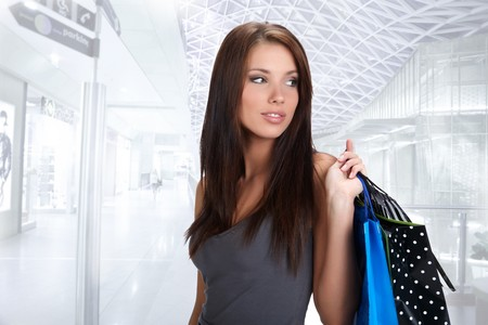 Beautiful shopping woman at a draw mall  Stock Photo - 7762159