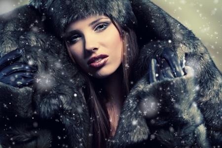 Winter  woman Stock Photo - 8630898
