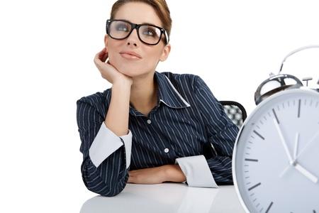 woman clock: Retrato de mujer responsable con el reloj en la Oficina  Foto de archivo