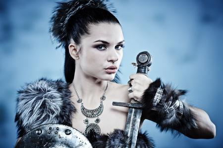 guerrero: Mujer guerrera. Fantas�a idea de la moda.