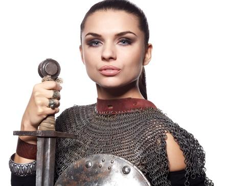 rycerz: Portret Å›redniowiecznego rycerza w zbroi kobiet