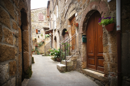 lane: typical italian narrow street