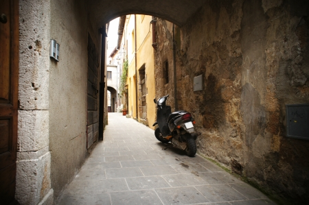 backstreet: peque�o callej�n en un pueblo italiano