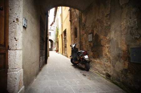 backstreet: small backstreet in an italian village