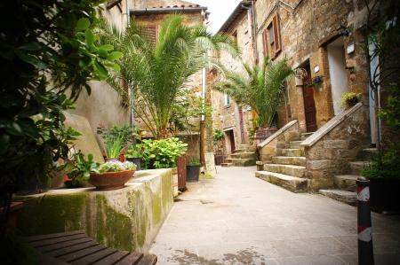 nook: typical italian narrow street