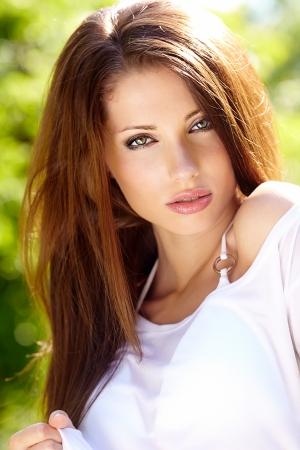 sensually: Summer girl portrait
