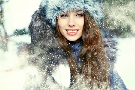 Young woman winter portrait  Shallow dof