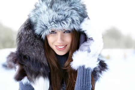 Young woman winter portrait  Shallow dof Stock Photo - 15869652