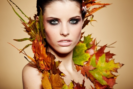 Autumn Woman  Fall  Beautiful Stylish Girl With Professional Makeup  Stock Photo - 16732291