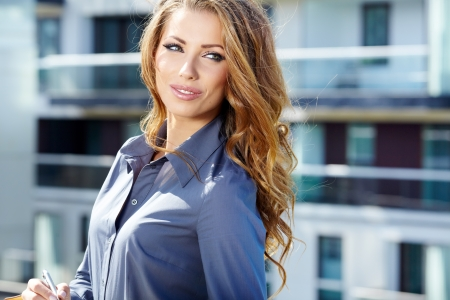 Attractive Real Estate Agent Woman Stock Photo - 17130058