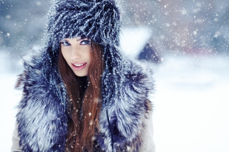 a beauty girl on the winter background Stock Photo - 17130059