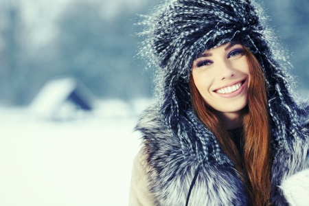 Young woman winter portrait  Shallow dof   Stock Photo - 17130085