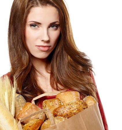 bolsa de pan: muchacha que sostiene una bolsa de comida