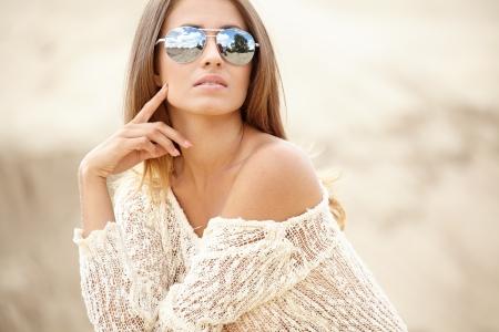 beach babe: Young slim woman on beach portrait