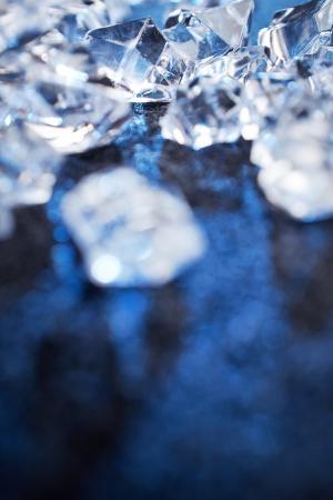 ice crushed: Ijsblokje achtergrond met ruimte voor tekst