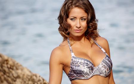 bikini sexy: Sexy young womans body in bikini