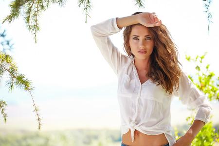 Summer woman Фото со стока